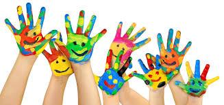 Helpen bij de kindernevendienst